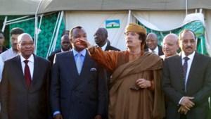 Kadhafi  aanvaardt stappenplan maar rebellen vegen het van tafel