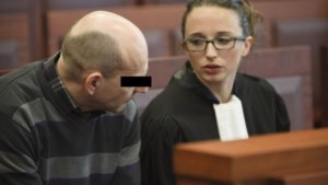 Pedopriester verschijnt voor rechter