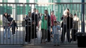 Actievoerders opgepakt aan gesloten opvangcentrum 127bis