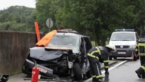 Eén dode en vier gewonden bij frontale knal in Berlaar