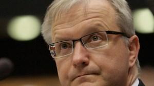 Eurocommissaris Olli Rehn veroordeelt geweld in Griekenland