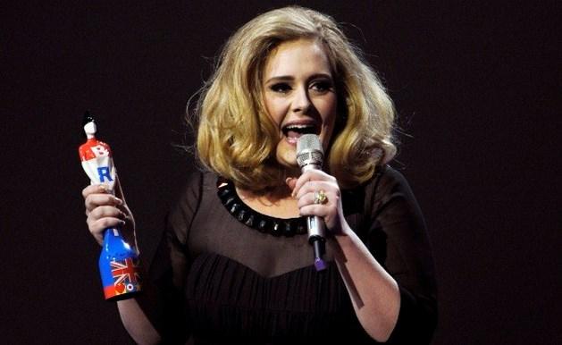 Adele opnieuw in de prijzen op Brit Awards
