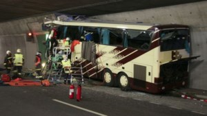 Onderzoek busramp afgerond, procureur morgen naar families