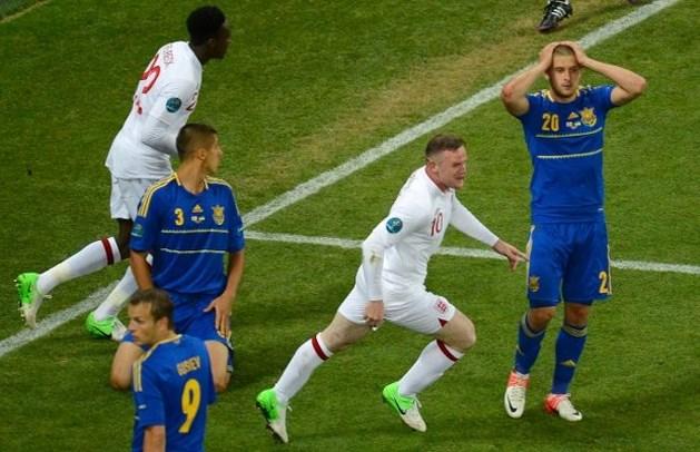 Rooney schakelt Oekraïne uit