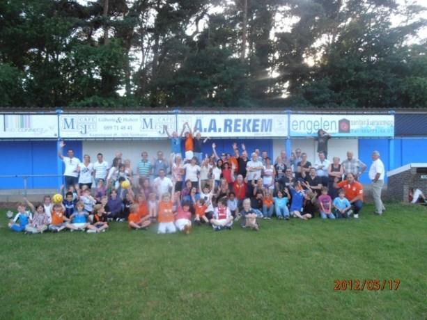 Voetballers AA Rekem houden jaarlijks familiefeest