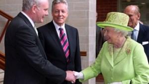 Historische handdruk tussen Britse koningin en voormalig IRA-leider