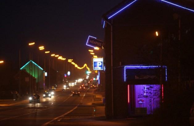 8 van 17 gesloten bars aan Chaussée d'amour terug open