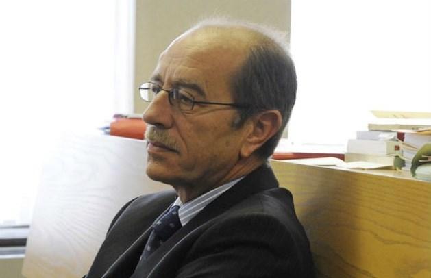 Rechter De Smedt vecht eigen pensionering aan
