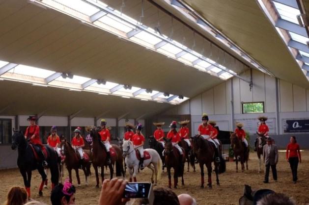 """Ruiters van Het Woutershof schitteren in """"Sopra la Musica te Paard""""."""