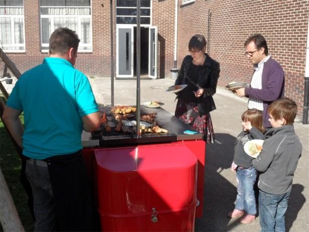 Herfstbarbecue in basisschool Viejool