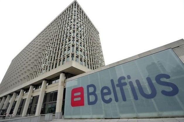 Belfius haalt per ongeluk geld van rekening klanten (oproep)