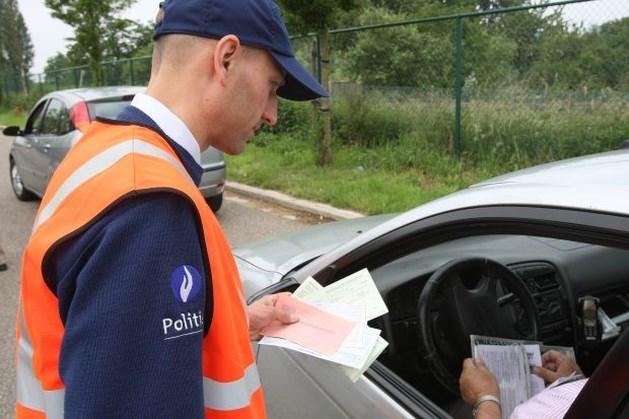 Automobilist geflitst aan 135 km/u in zone 50