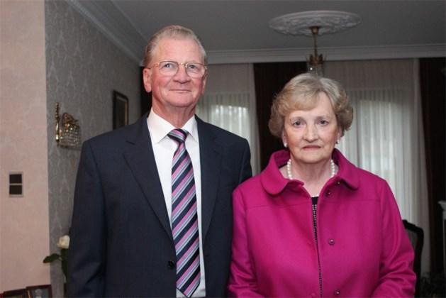 Robert en Louise Schoefs-Vandoren vieren vijftigste huwelijksverjaardag