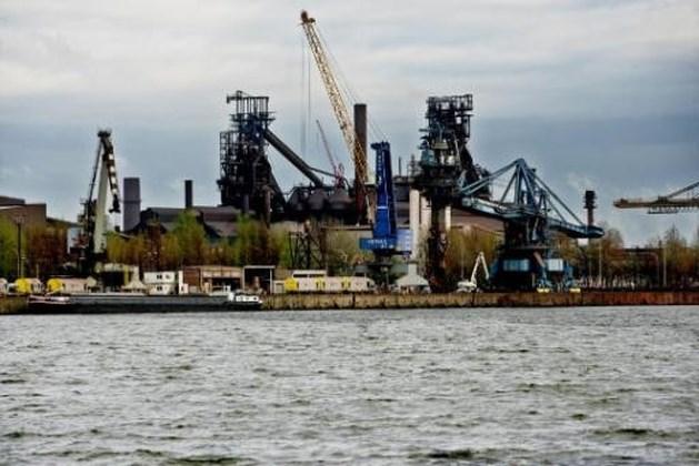 79 jobs bedreigd door besparingen bij ArcelorMittal in Gent en Merelbeke