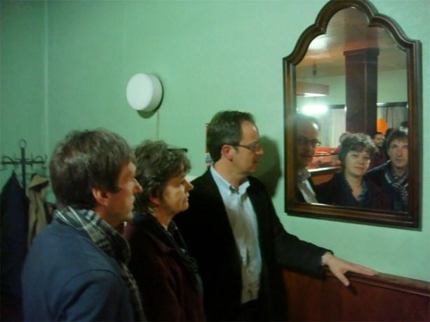 CD&V kijkt in de spiegel...