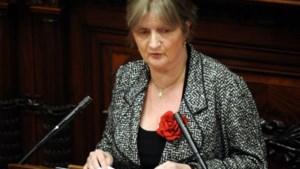 Marleen Temmerman schenkt vertrekpremie aan goede doel