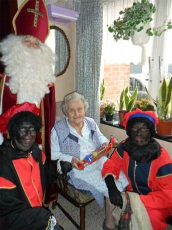Sinterklaas op bezoek bij Okra-leden