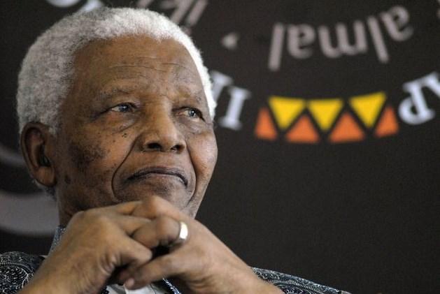 Nelson Mandela in ziekenhuis met longinfectie