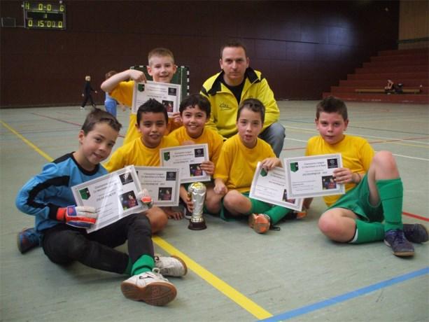 U10 van Dilsen VV wint indoortornooi CS Mechelen
