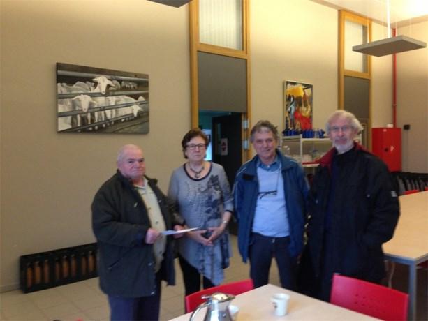 Okra en seniorenwerking doen schenking aan Sint-Vincentius Dilsen-Stokkem