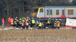 Moeder en kind komen om bij aanrijding door trein