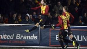 KV Mechelen in extremis voorbij Genk, belangrijke zege Waasland-Beveren