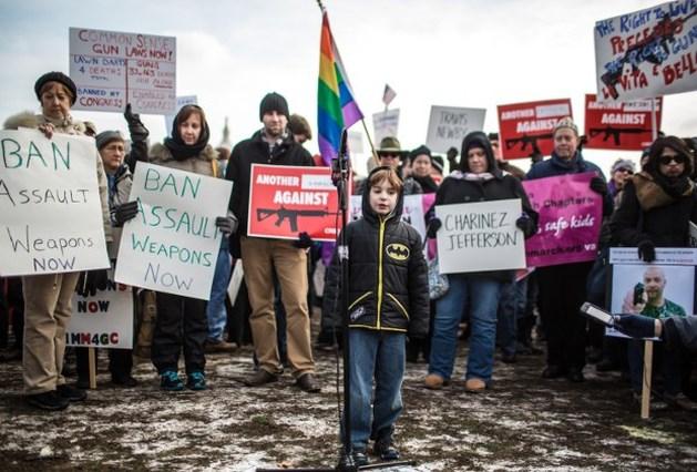 Duizenden eisen strengere wapenregels in VS