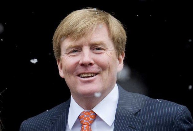 Willem-Alexander legt officiële functies neer