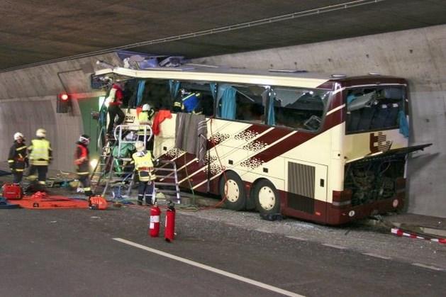 Parket blijft zoeken naar nuttige informatie over busramp