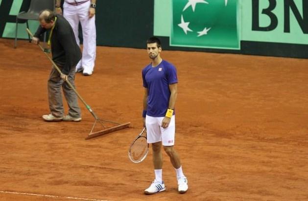 """Djokovic: """"Dit is het slechtste tennisveld waarop ik ooit gespeeld heb"""""""