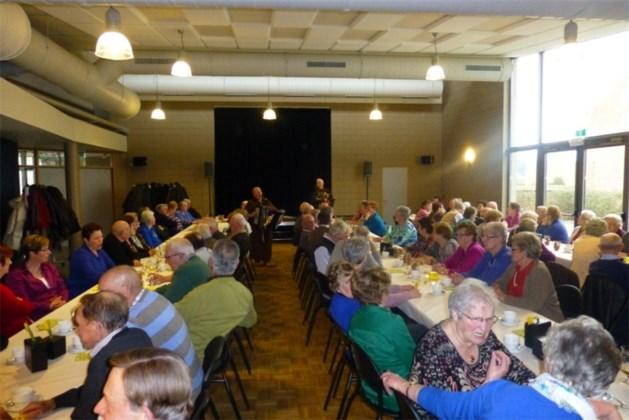Senioren houden paasfeest op Witte Donderdag