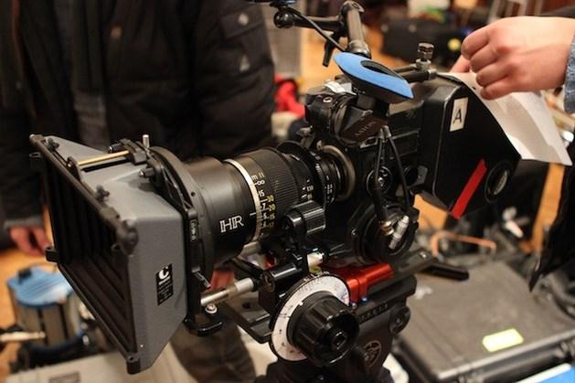 Filmstudenten Narafi maken kortfilm op pellicule
