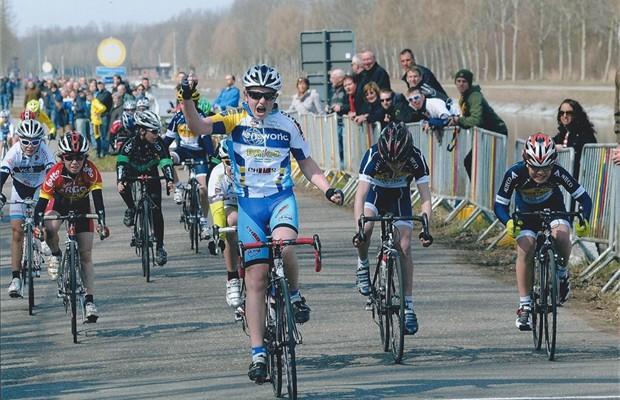 extern brent wint zijn eerste wedstrijd bij de aspiranten 12j in boortmeerbeek