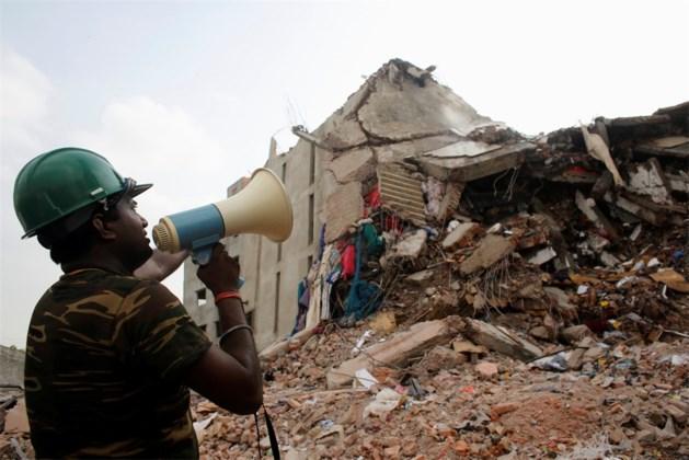 Geen hoop meer op overlevenden na instorting gebouw Bangladesh