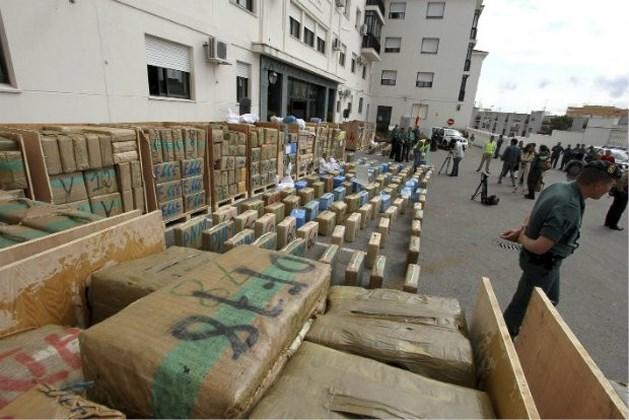 Meer dan 25 ton drugs in beslag genomen in lucht- en zeehavens