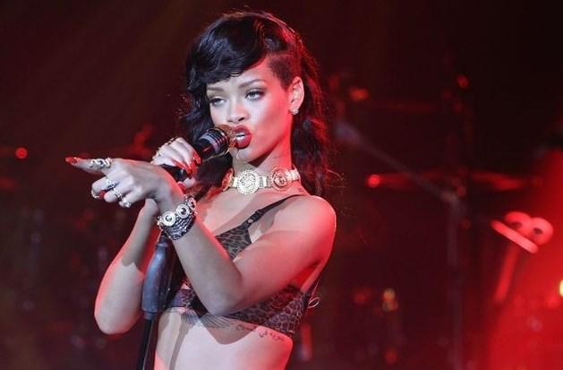 Klagende pers en fans uit docu over Rihanna geknipt