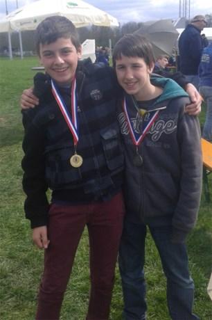 Jesse en Rob behalen eerste en tweede plaats op persoonlijk kampioenschap schieten.
