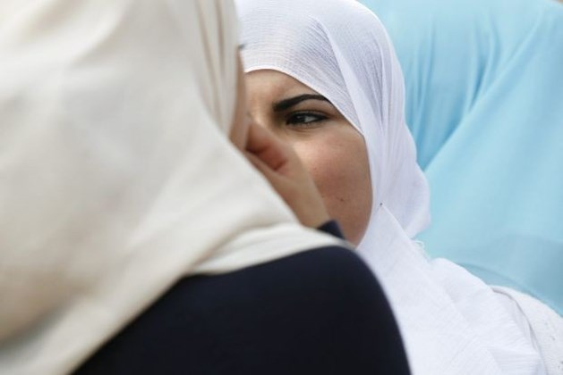 Islamleraressen mogen hoofddoek dragen