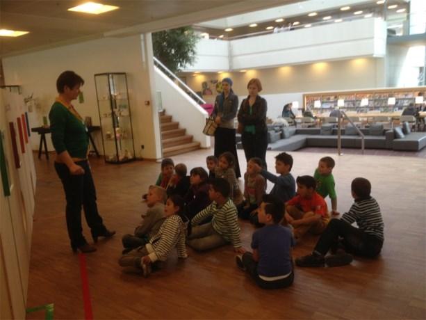 Eerste leerjaar bezoekt bib in Genk