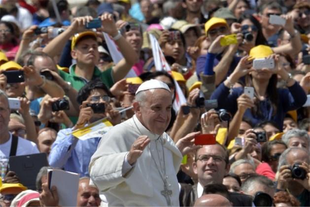 Paus roept op tot eenheid in de Kerk