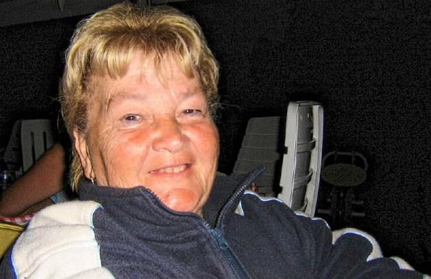 Vrouw (76) gekneveld en dood teruggevonden door zoon