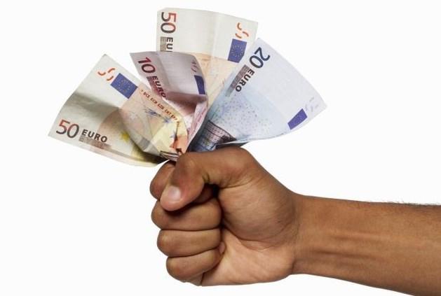 Veertien biljoen euro verborgen in belastingparadijzen
