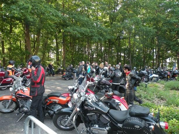Zondag lustrum motorrun voor Sint-Oda in Overpelt