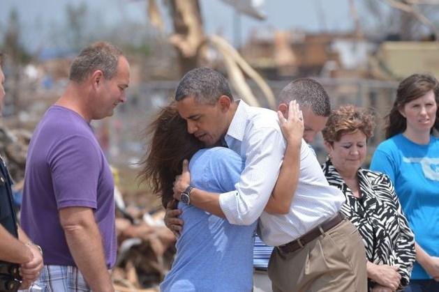 Obama troost tornadoslachtoffers
