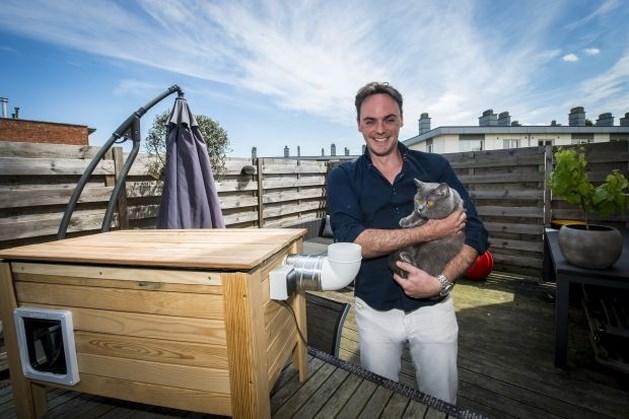 Afvoersysteem verwijdert vieze geurtjes uit kattenbak