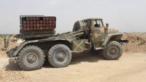 Syrië vuurt raketten af op Libanese stad