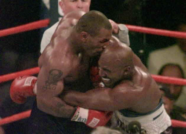 """Mike Tyson: """"Dat oor smaakte naar stront"""""""