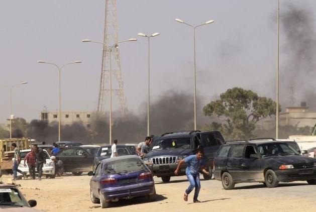 Minstens 28 doden bij rellen in Benghazi