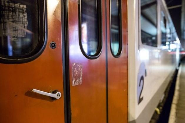 Zweedse treinbestuurders in rok door hitte
