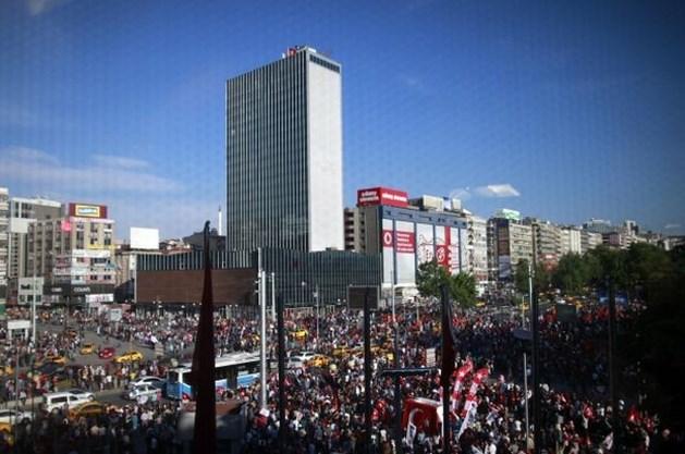 Politie slaat militanten weer hardhandig uit mekaar in Ankara